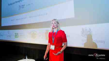 Global Digital Economy Partner Evita Lune speaks at the CEE FutureTech Congress in Warsaw - Pedersen and Partners Executive Search